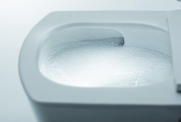 Spülrandlose WC-Keramik von TOTO